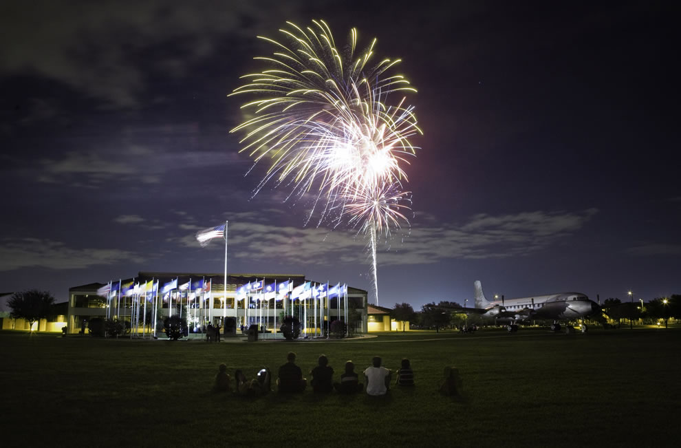 American-evening-under-the-stars-and-fireworks-at-Lackland-AFB