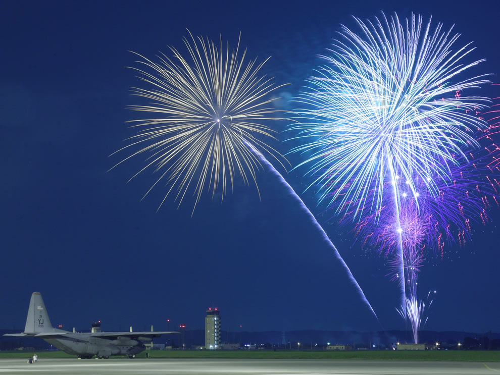 Fireworks-burst-over-Yokota-Air-Base-Japan-as-the-374th-Force-Support-Squadron-provided-live-entertainment-food-and-fireworks-during-the-celebration