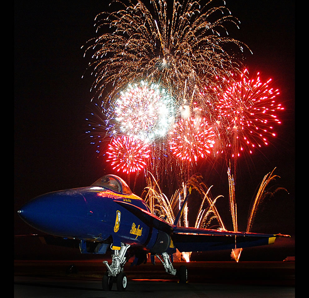Fireworks-explode-and-highlight-an-FA-18A-Hornet-assigned-to-the-U